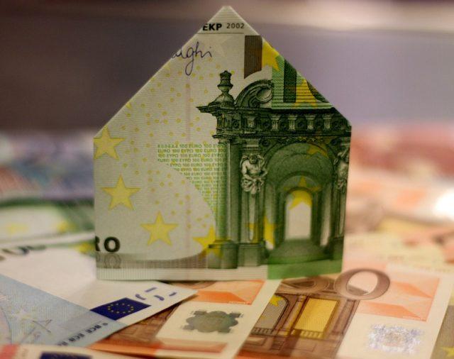 Hypotekárny trh funguje na maximum a nemení svoj trend.